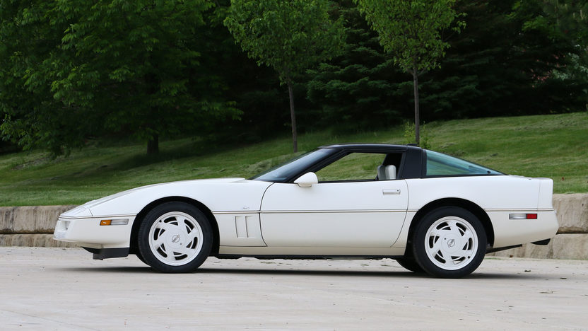 Picture of 1988 35th Anniversary Chevrolet Corvette