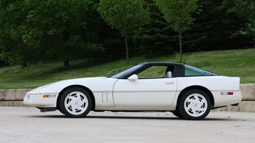 Picture of 1988 35th Anniversary Chevrolet Corvette